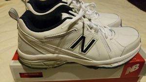 NEW mens shoes athletic leather NEW BALANCE sz 8.5 for Sale in Clovis, CA