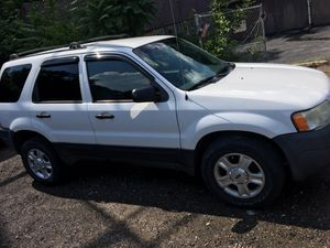 04 Ford Escape for Sale in Pittsburgh, PA