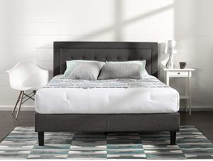 Fabric tufted queen size bed frame for Sale in Hamburg, NY