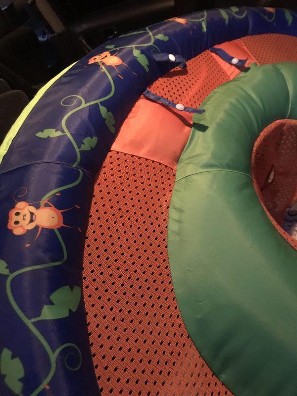 Baby bath/pool floater