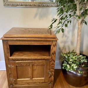 TV Stand Or Side Table for Sale in Aurora, CO