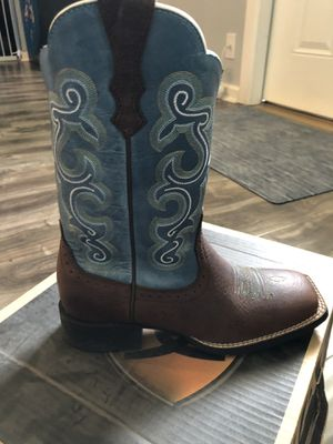Women's western boots size 6.5 for Sale in Tampa, FL