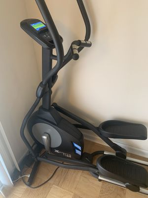 Xterra FS3.5 elliptical for Sale in Alexandria, VA