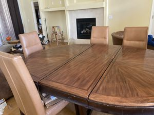 Dining table w/ 6 Chairs for Sale in Clermont, FL