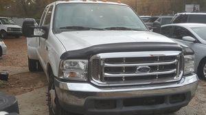 2004 ford f350 pick up truck heavy duty v8 6lt for Sale in Atlanta, GA