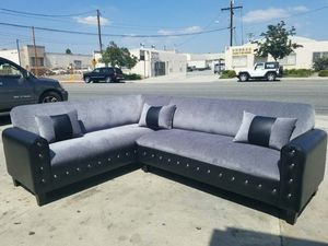 NEW BARSELONA CHARCOAL FABRIC COMBO SECTIONAL COUCHES for Sale in North Las Vegas, NV