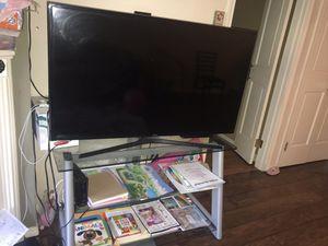 Tv samsung-48 inches for Sale in Bellevue, WA