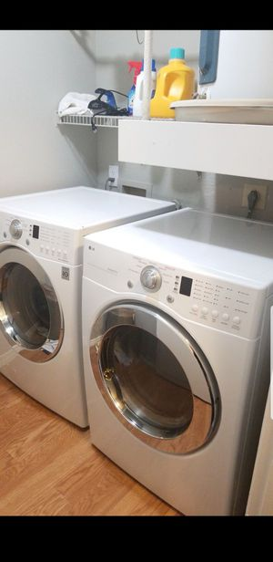 Front load washer and dryer for Sale in Dallas, TX
