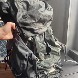 Osprey Atmos 65L Hiking Pack for Sale in Philadelphia, PA