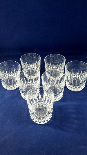 """VINTAGE CRYSTAL 7 WHISKEY GLASSES 4"""" TALL for Sale in Los Angeles, CA"""