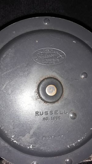 Shakespeare russell #1895 fly fishing reel for Sale in Fresno, CA