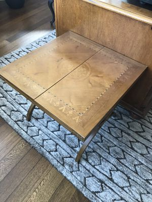 Vintage convertible side table/coffee table for Sale in Brooklyn, NY
