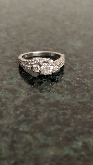 Certified 1ct. Twt diamond engagement ring for Sale in Hagerstown, MD