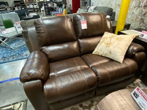 Real Leather Reclining Loveseat, Brown for Sale in Santa Fe Springs, CA