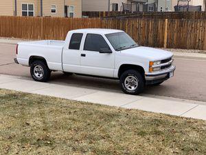 Chevy Silverado 1500 for Sale in Colorado Springs, CO