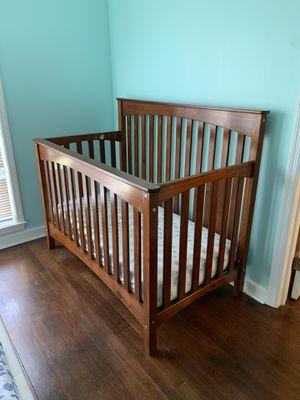 Baby crib (3 in 1) for Sale in Douglasville, GA