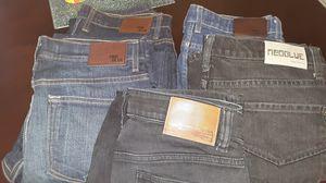 Pantalones volcom y neoblue size 30 for Sale in Riverside, CA