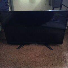 30 inch HD TV for Sale in San Bernardino, CA