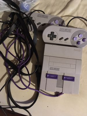 Super Nintendo Entertainment System SNES Classic Edition Works great excellent condition no low balls for Sale in Columbus, OH