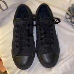 Black Converse Size 4 for Sale in Mountlake Terrace,  WA
