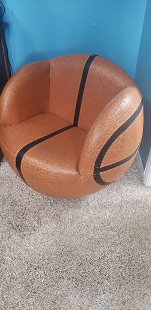 Kids chair for Sale in Bellflower, CA