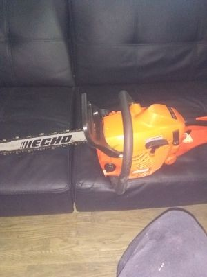 Look echo cs_352 chainsaw for Sale in Concord, CA