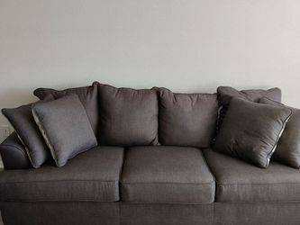 Gray Couch for Sale in Dallas,  TX