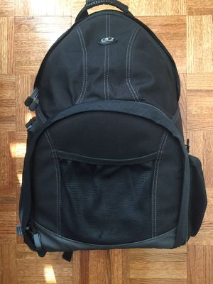 Tamrac Aero Speed Pack 85 large camera bag for Sale in Brooklyn, NY