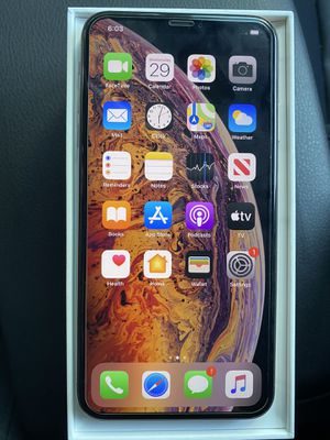 Iphone XS max for any carrier for Sale in San Diego, CA