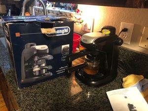 Delonghi coffee maker for Sale in Kent, WA