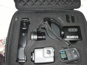 Go pro 7 and removu for Sale in Tacoma, WA