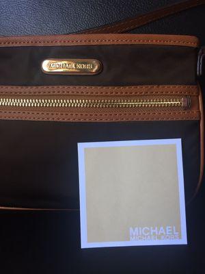 Michael Kors purse Wristlet $30 for Sale in San Francisco, CA