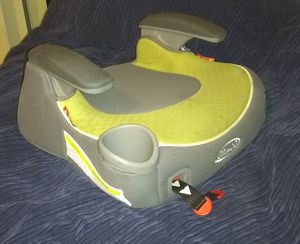Graco Child Booster Seat (front facing) for Sale in Denver, CO