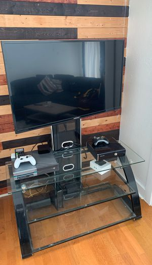 TV Stand for Sale in Dallas, TX