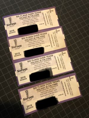 4 tickets to Six Flags -Holiday in the park for Sale in Arlington, TX