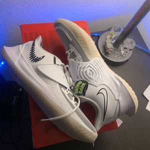 Kyrie Low 3 for Sale in Lemoore, CA