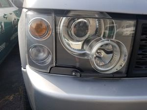 2005 Range Rover Headlight/Turn Signal Assemblies for Sale in South Elgin, IL