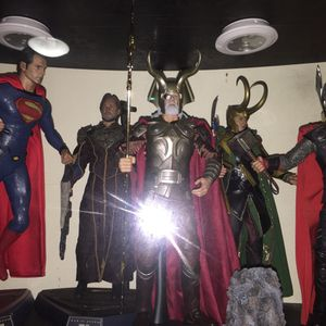 Hot toys collectibles for Sale in Queens, NY