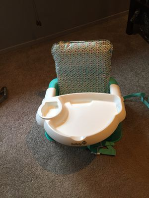 Safety first booster seat with removable tray. Height adjustable. for Sale in Englishtown, NJ
