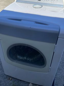 Older Whirlpool Cabrio Dryer for Sale in Ocala,  FL