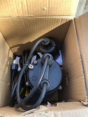 Submersible pump 1/4 hp everbilt for Sale in Chandler, AZ