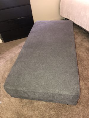 Ottoman for Sale in Paramount, CA