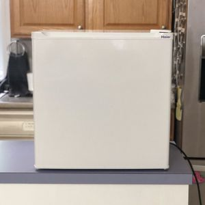 Small Refrigerator for Sale in Leominster, MA
