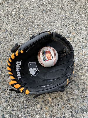 Wilson baseball glove with ball for Sale in Lynnwood, WA