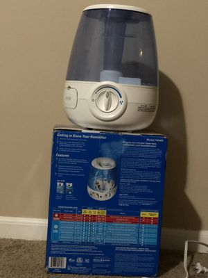 Vicks Filter-Free 1.2 Gallon Cool Mist Humidifier for Sale in Blacklick, OH