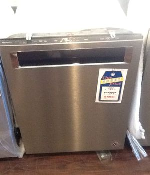 New open box kitchen aid dishwasher KDPE234GPS for Sale in Hawthorne, CA