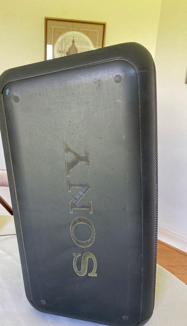Sony LOUD SPEAKER (Sony GTK-XB7)