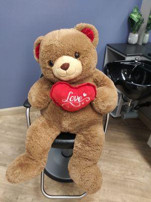 6 feet huge teddy bear for Sale in Torrance, CA