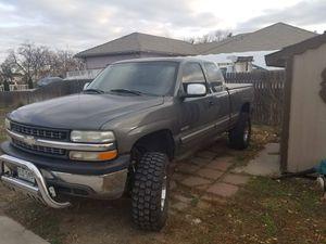 Chevy silverado 1500 for Sale in Henderson, CO