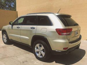 CLEAN 2009 Jeep Grand Cherokee price 1000$ for Sale in Fontana, CA